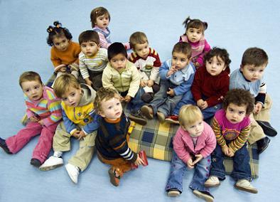 Grupos de niños pequeños