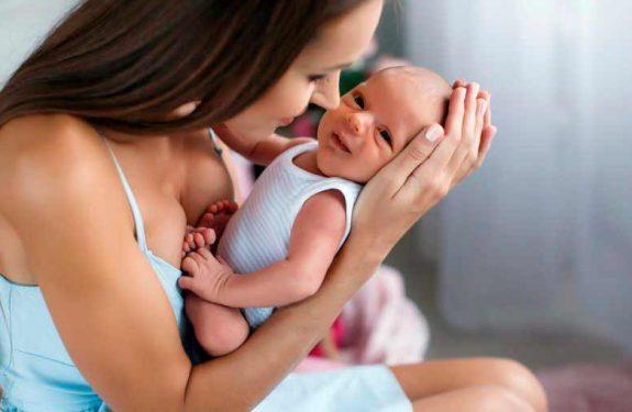 Cuidados básicos del bebé recién nacido