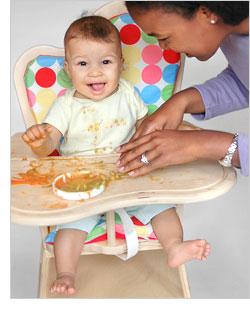 La estimulación a los 8 meses del bebé incluye pautas para realizar con tu bebé