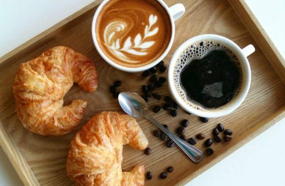 ¿Es bueno tomar café durante la lactancia?