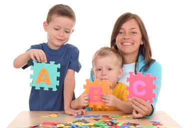 Las figuras ayudan a los niños a memorizar las letras