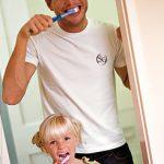 Los padres deben dar el ejemplo en el hábito de la limpieza