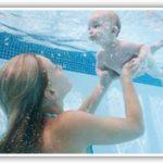 La matronatación fortalece los lazos madre-hijo