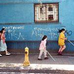 Los niños con ceguera necesitan el respaldo de la sociedad