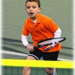El tenis ofrece grandes beneficios físicos y psicológicos para los niños