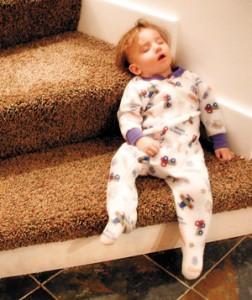 Evitar que el niño baje escaleras