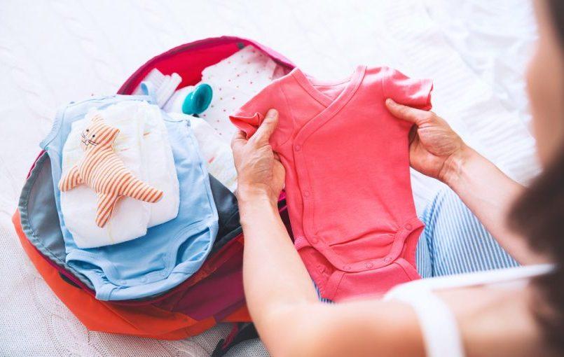 Cómo debe ser la ropa infantil