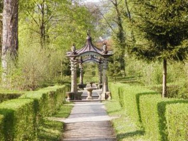 Cuento infantil el jard n de las estatuas cuidado infantil - Estatuas de jardin ...