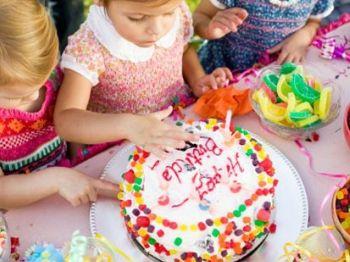 Las Invitaciones Para El Primer Cumpleaños Del Bebé