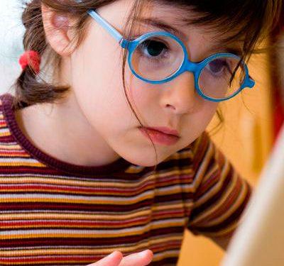 Cómo enseñar braille a los niños