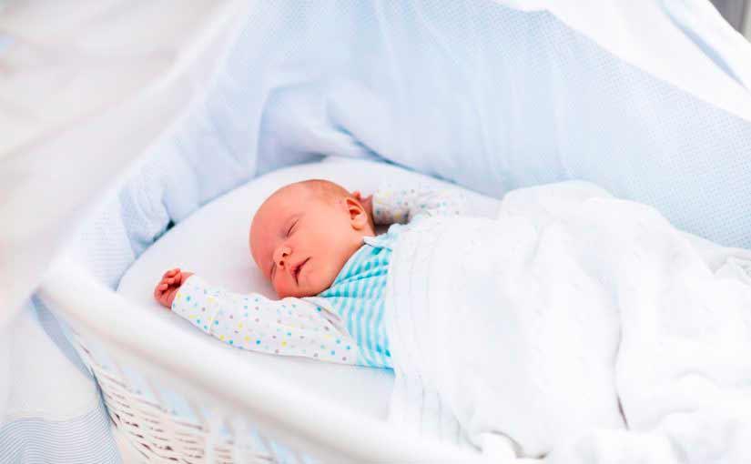 Cuna para el dormitorio del bebé