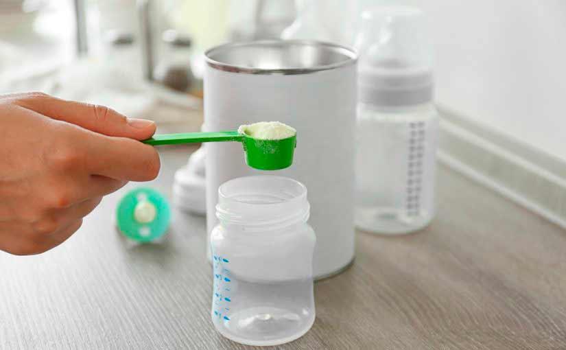 Cómo preparar el biberón del bebé
