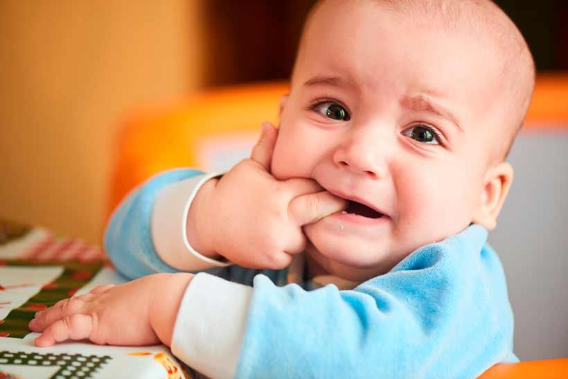 Síntomas de la dentición del bebé