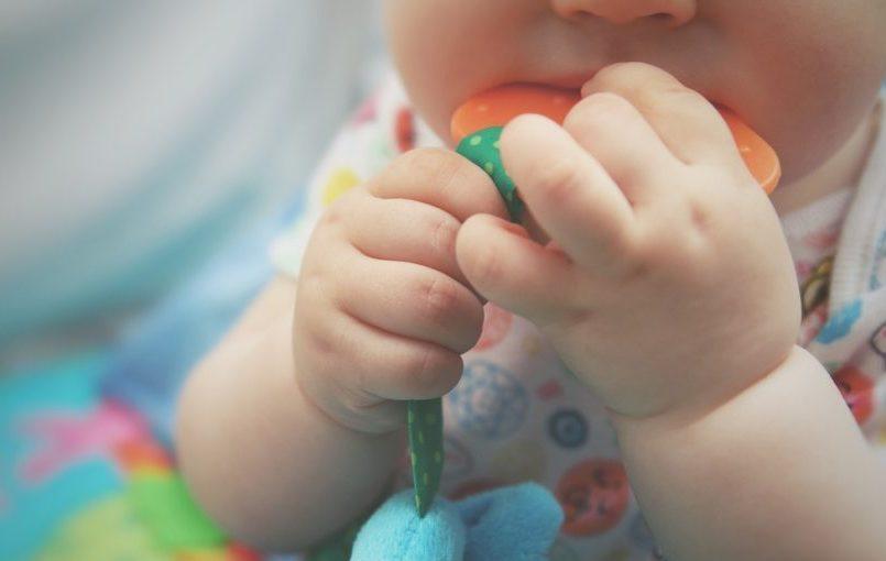 Señales que indican que el bebé tiene hambre