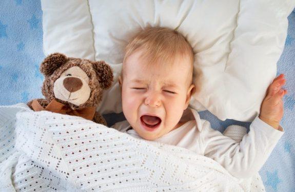 Causas del llanto nocturno en bebés