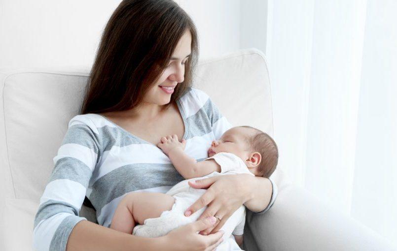 ¿Hasta cuándo alargar las tomas del bebé?