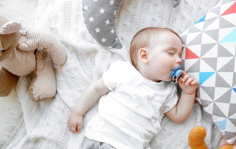 El chupete en los bebés lactantes