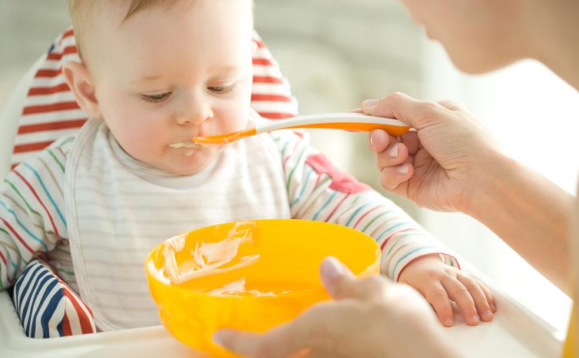 Cómo empezar la alimentación complementaria del bebé
