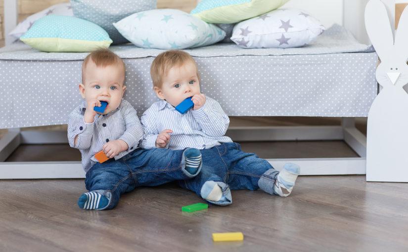 Los 9 accesorios que necesitas para recibir a tus gemelos o mellizos