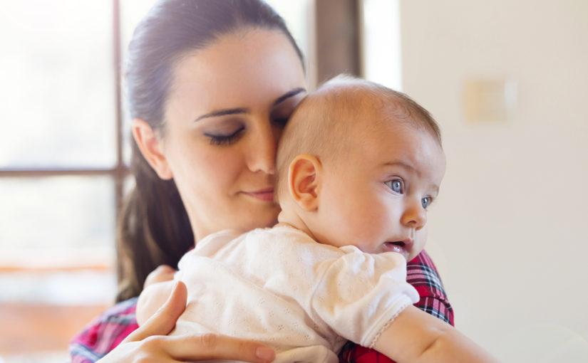 5 pasos para dar un masaje relajante al bebé