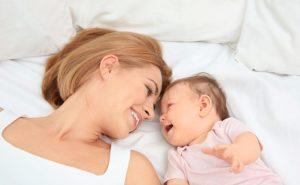 ¿Qué factores determinan las primeras palabras de tu bebé?