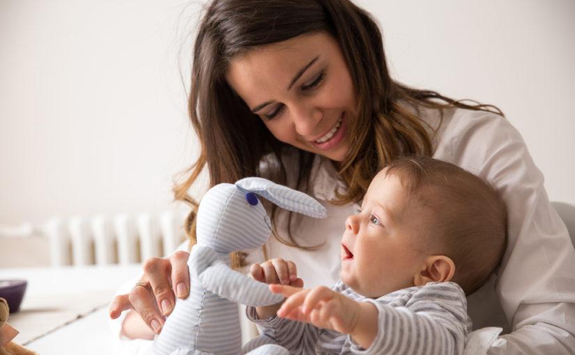 Cómo entretener al bebé según su edad
