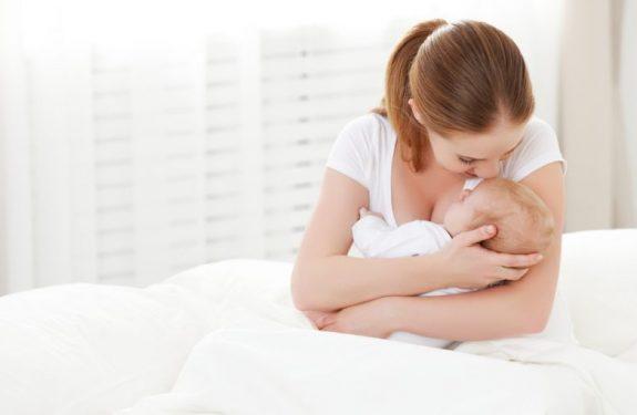 Beneficios de la leche materna para el bebé prematuro