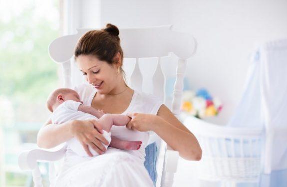 Cómo dejar de amamantar al bebé