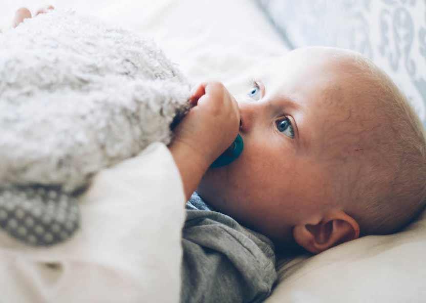 Cómo quitar las legañas al bebé