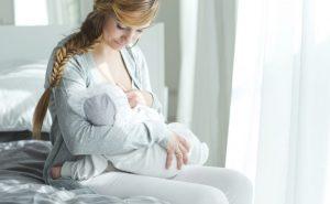 Consejos para la primera toma del recién nacido
