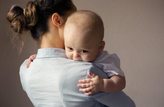 ¿Cómo saber si mi bebé está intoxicado por un alimento?