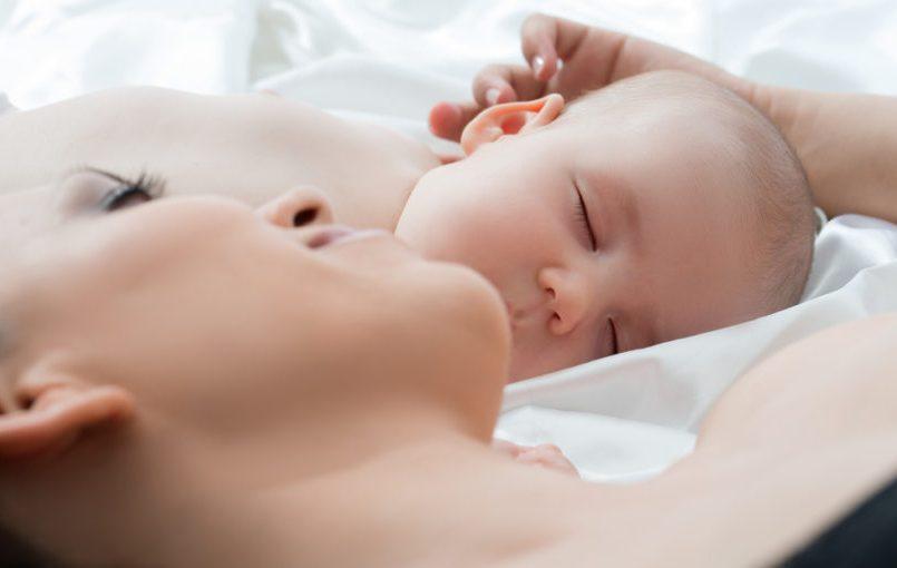 Tos nocturna en bebés